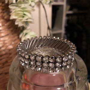 IVintage expandable rhinestone bracelet